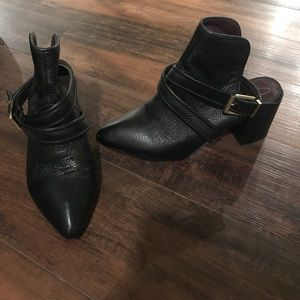 Open back leather pointed toe booties!